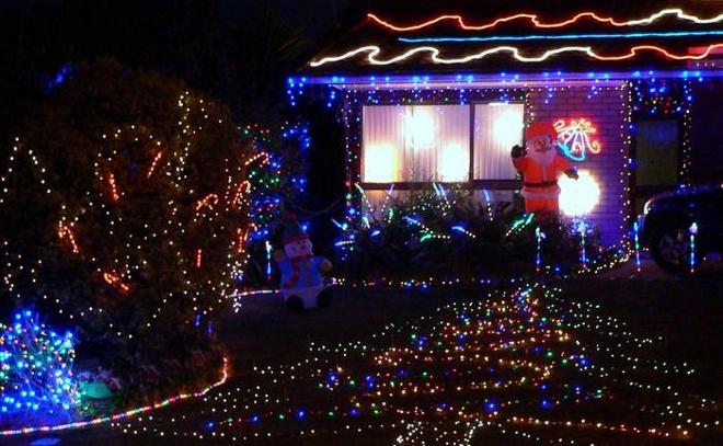 China recicla las luces de navidad de estados unidos for Casas decoradas de navidad interiores