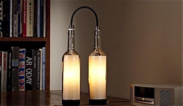 Elegantes l mparas con botellas de vino recicladas - Como hacer lamparas con botellas de vidrio ...