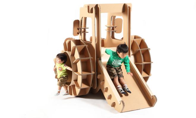 tsuchinoco, muebles y juguetes de cartón para niños