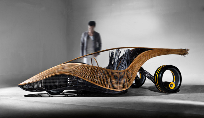 Coche reciclable de bambú