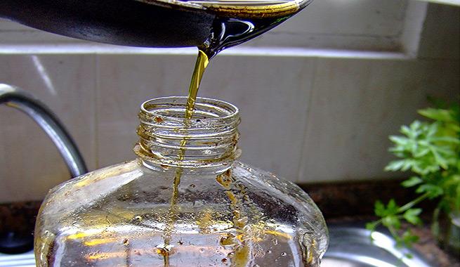 C mo reciclar aceite de cocina usado - Aceite usado de cocina ...