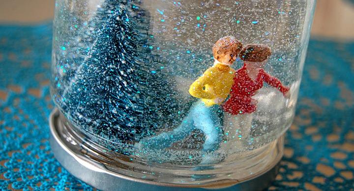 Bola de nieve navide a con tarros de cristal - Bola nieve cristal ...