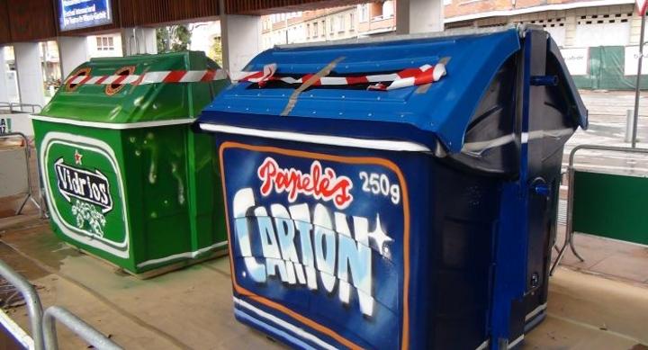 Contenedores de reciclaje decorados con grafitos - Contenedores de basura para reciclaje ...