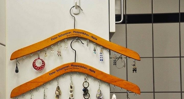 Perchas para collares diy mini perchero para accesorios - Perchas pantalones ikea ...