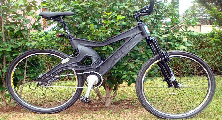 MuzziCycles bici fabricada con pet