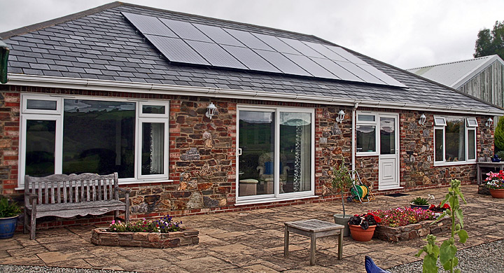 Paneles fotovoltaicos en la cubierta