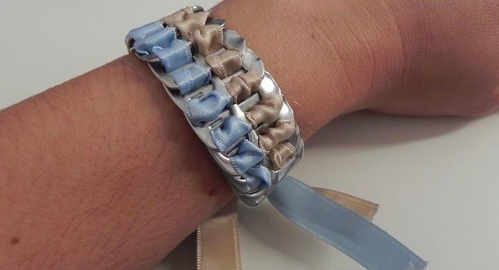 Reciclaje creativo para hacer pulseras con anillas de lata