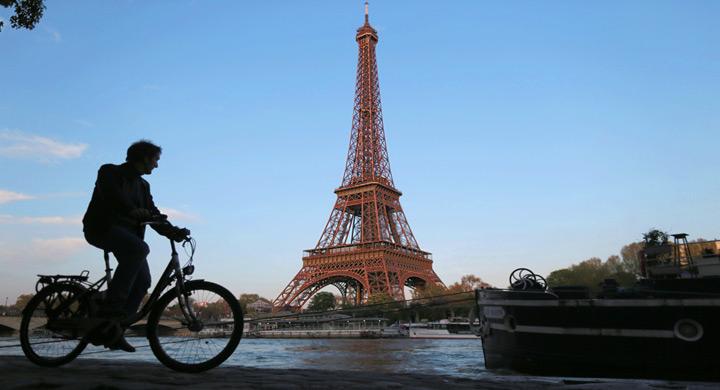 Ciclista parisino