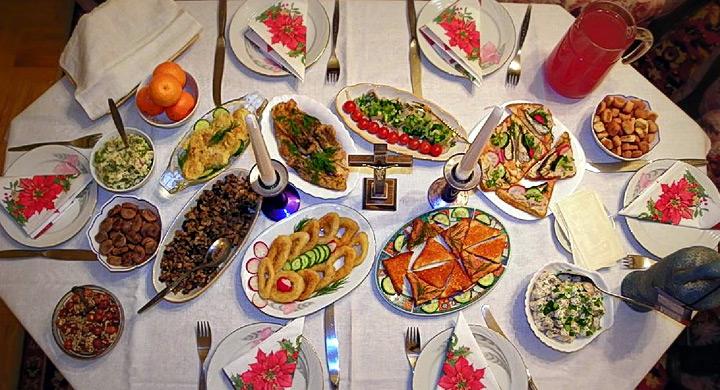 Consejos para no tirar comida en navidad - Mesa navidena ...