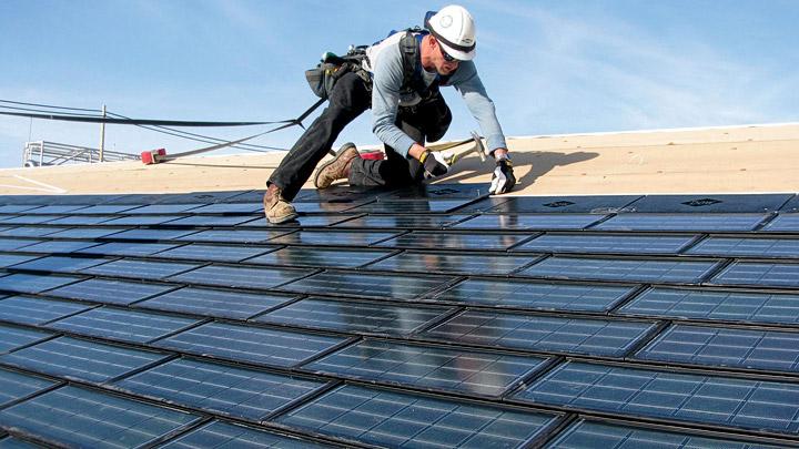 Paneles solares en tejado